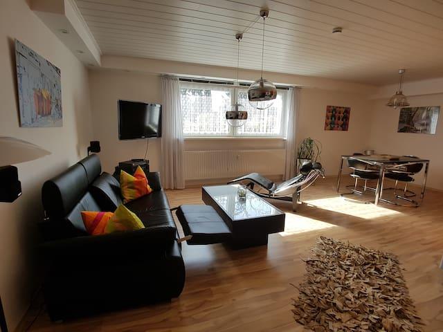apartment rental schoen kassel appartamenti in affitto. Black Bedroom Furniture Sets. Home Design Ideas