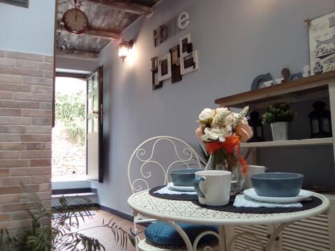 """CASAVACANZE """"CONTRADA"""" Malý dom pre zelených milovníkov"""
