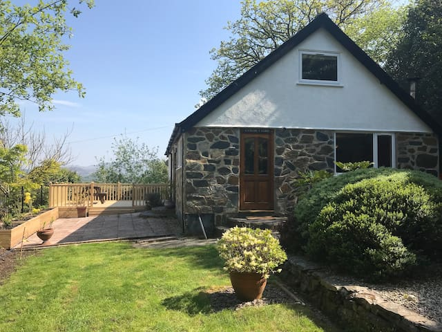Detached house Snowdonia National Park with view