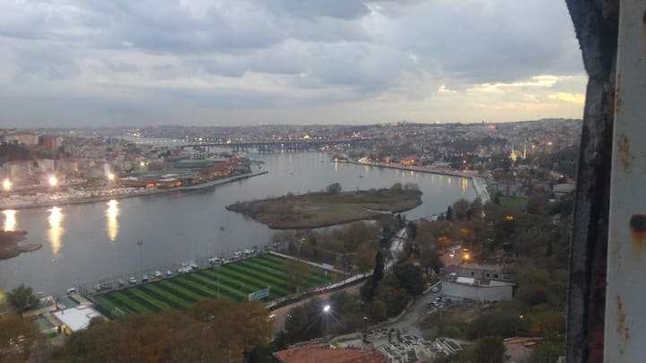 Whole Istanbul is with you!