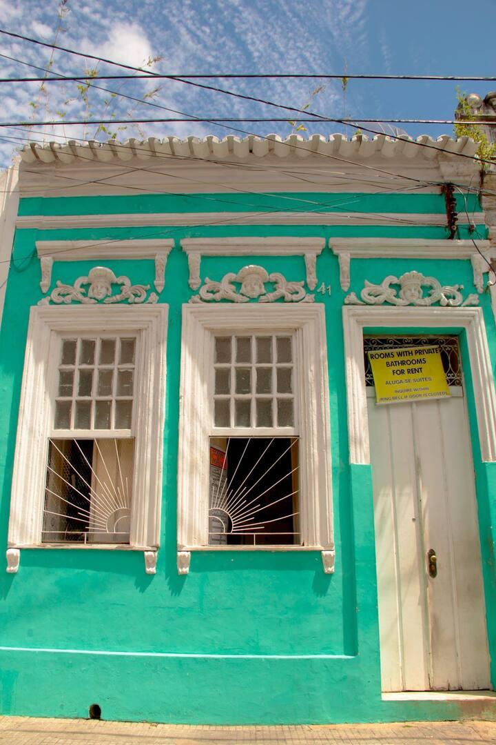 Elenita Familiar House