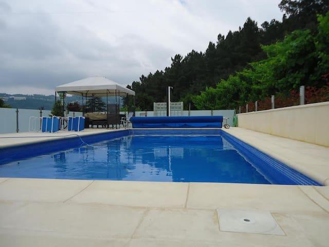 Villa Junto ao Douro - Port - Hus
