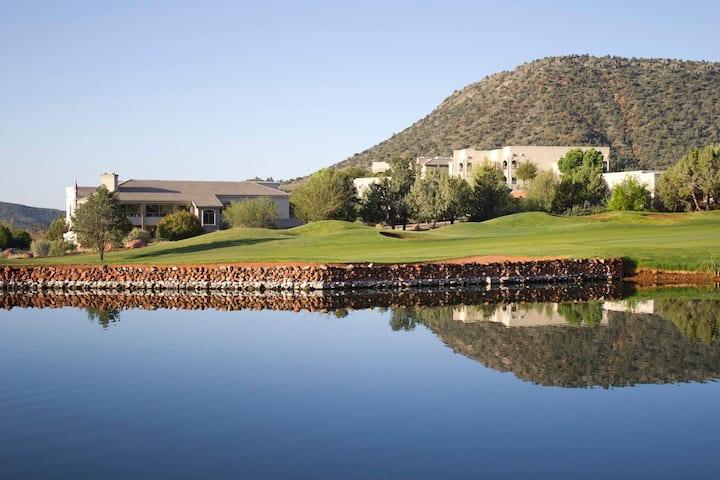 The Ridge on Sedona Golf Resort Lake View