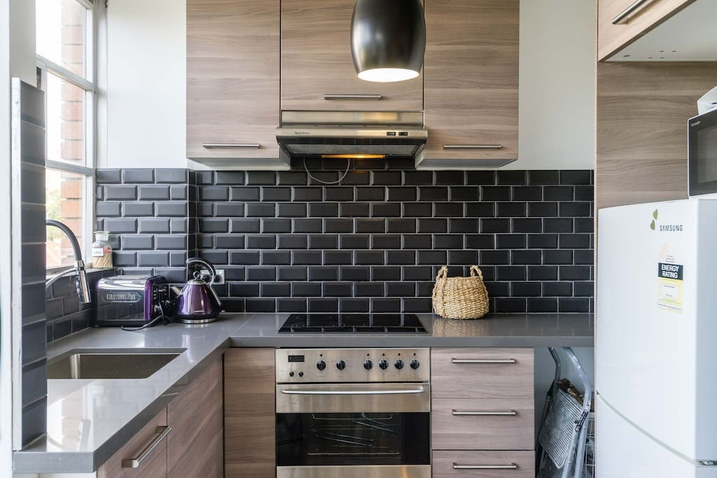 You will love the kitchen which has recently been renovated
