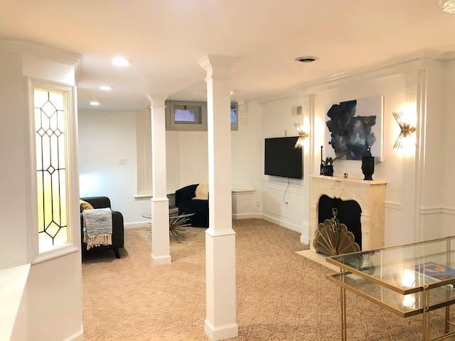 Garden-Level Suite @ Walnut Place