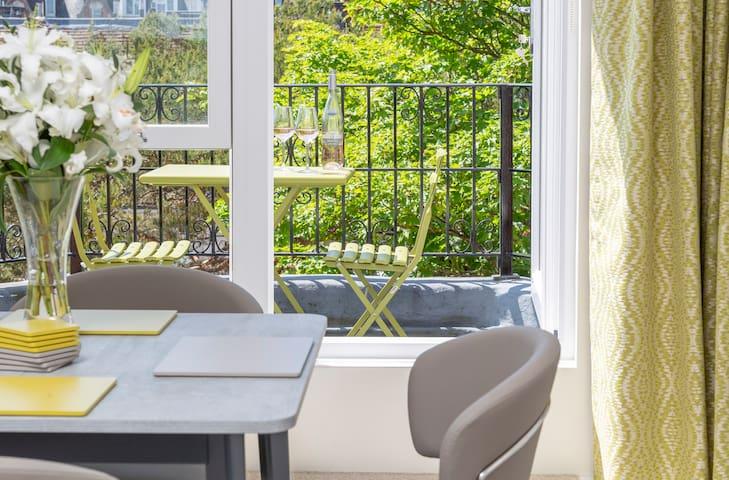 A south facing balcony to enjoy a glass of wine