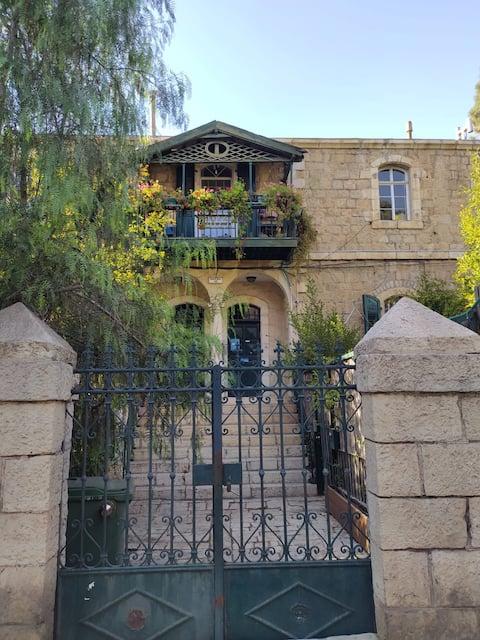 דירה טמפלרית קסומה בירושלים