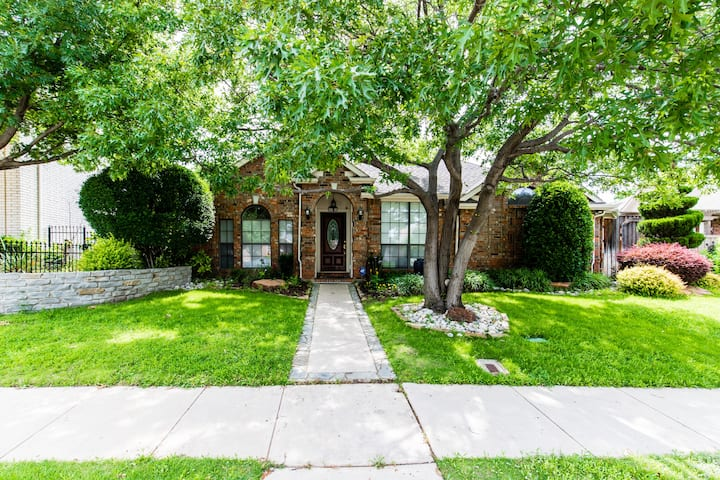 A beautiful & quite home right off I-35 high way