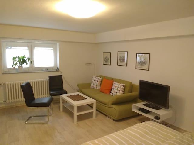 Ruhige, kleine souterrain Wohnung nahe Düsseldorf - Meerbusch - Wohnung