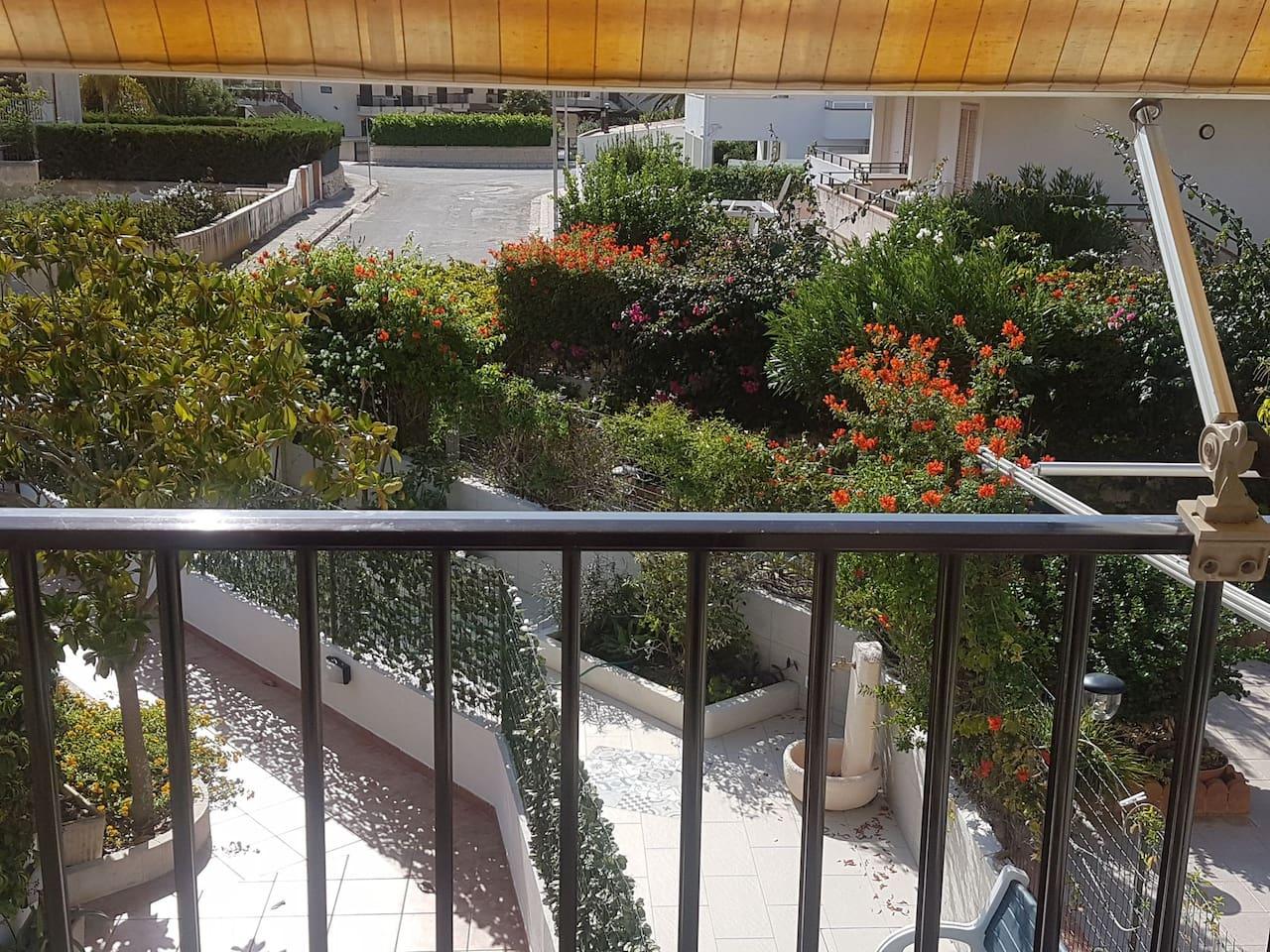 Veduta balcone prospetto principale.