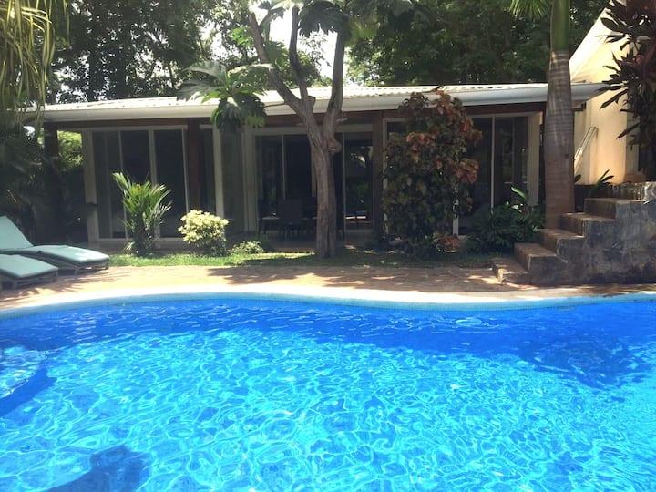 Villa Almendro - Chic! 150 meters to beach, cascading pool, free wifi!