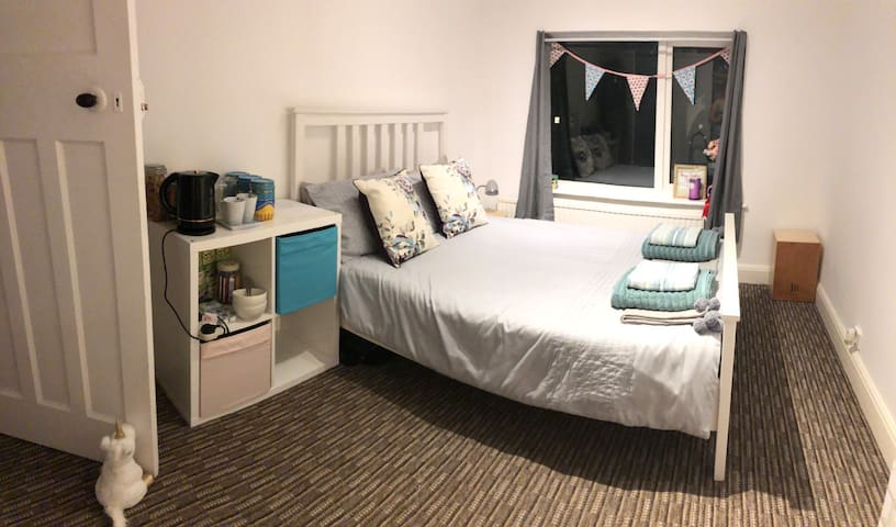 Double Room- Great for Chester Zoo & Cheshire Oaks