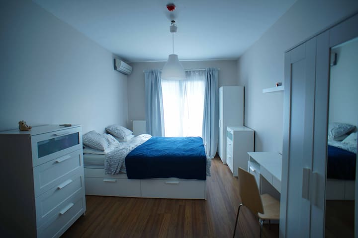 Private Master Room for single or couples - Istanbul - Huoneisto