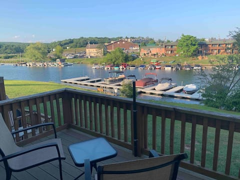 Lakefront 3BR townhouse/Dock rental available