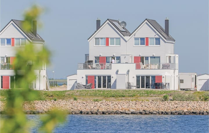 Stunning home in OstseeResort Olpenitz with Sauna, WiFi and 2 Bedrooms