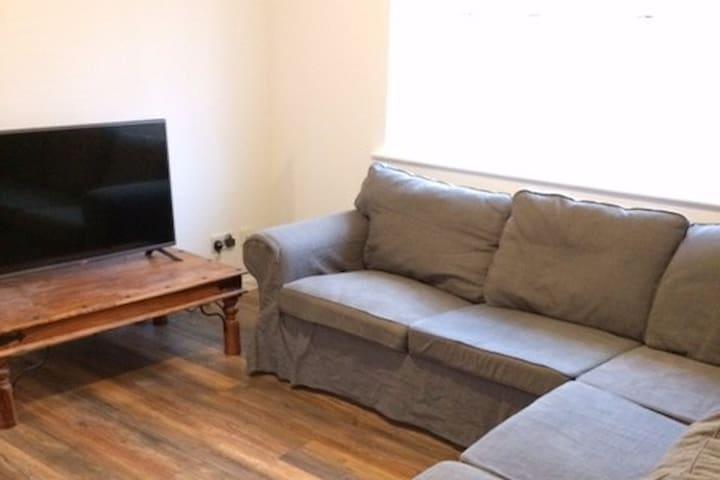 Stylish Two Bedroom Apartment - Royal Leamington Spa - Wohnung