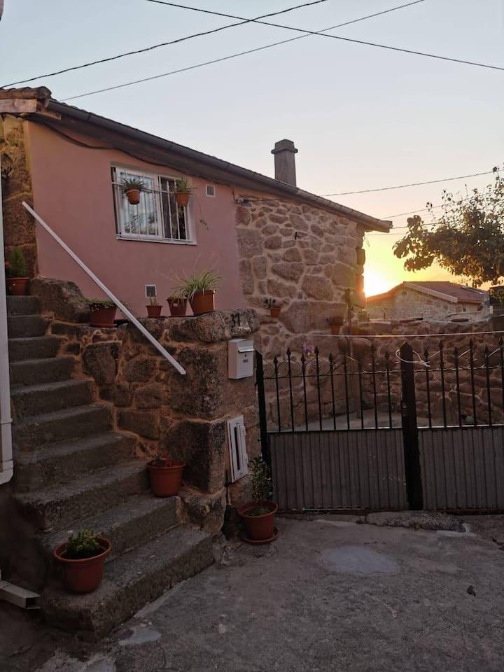 Vivienda a dos km de la villa de Allariz.