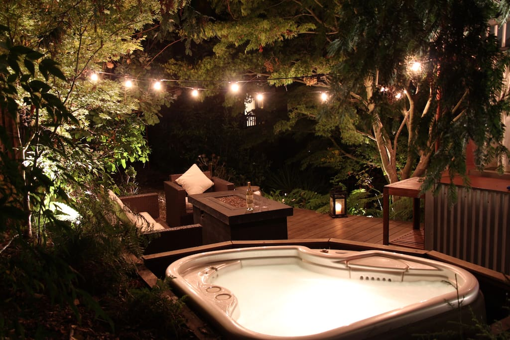 "Hot tub for two on the exotic ""Ipe"" hardwood deck next to the Redwood Room. Sip some California wine while you soak your cares away."