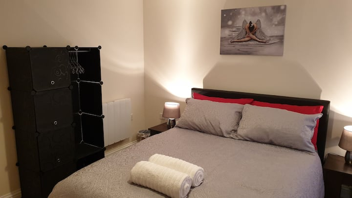 Deluxe Double Room Accommodation-2MW