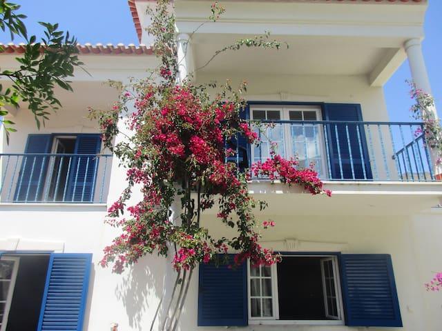 Ericeira Beach House - Ericeira - Casa