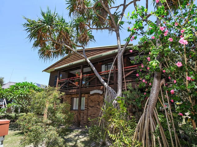 Beach House in National Park. - Diggers Camp - Huis