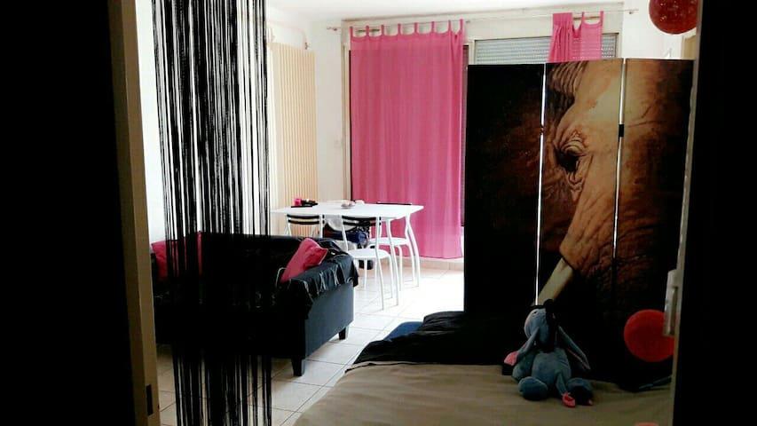 Studio dans résidence privée - Moulins - Departamento