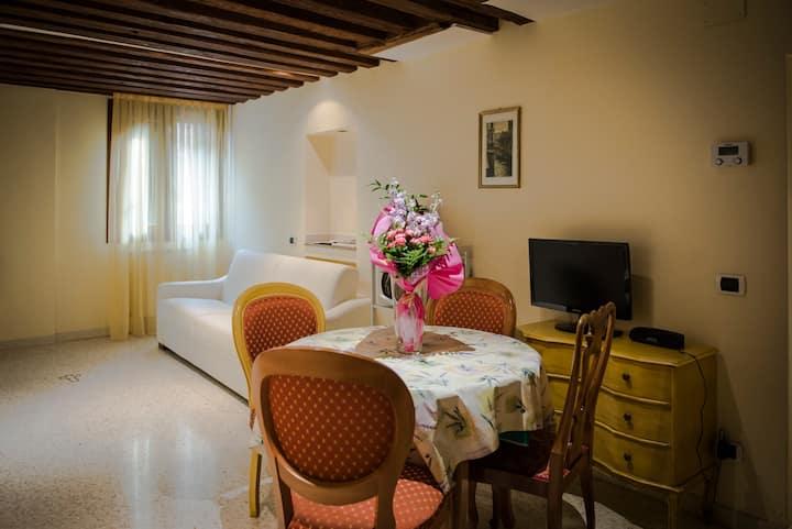 Ca' Venere Apartments Cannaregio Venezia (Apart 1)