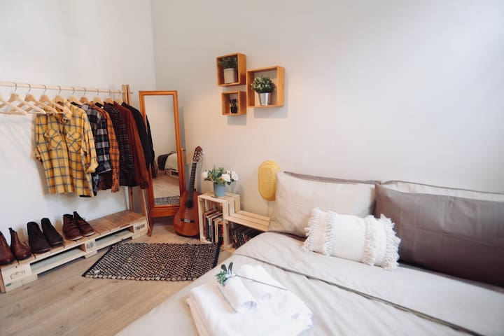 Private Room 3, Surry Hills, 2' to Central Station