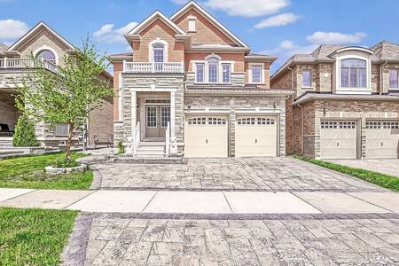 * Great Toronto New Luxury Home - Multi King Beds