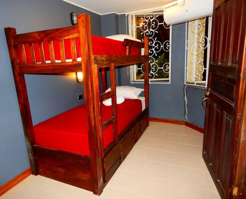 La habitación de 4 camas