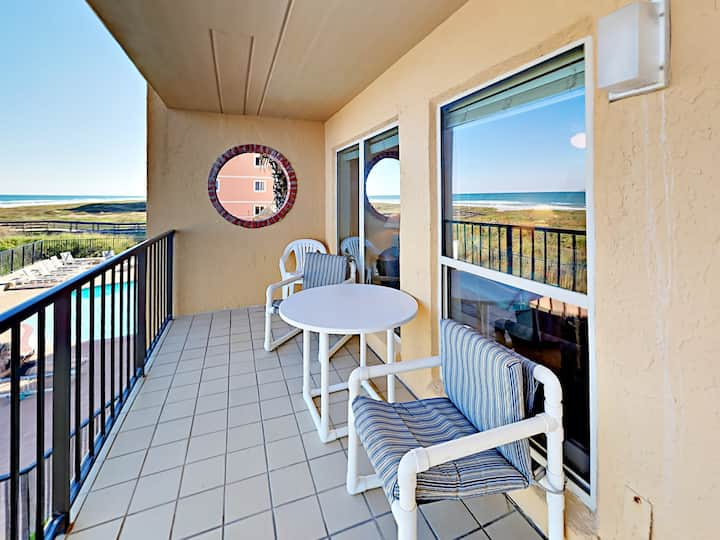 Oceanfront Condo with Pool, Hot Tub, Walk to Beach