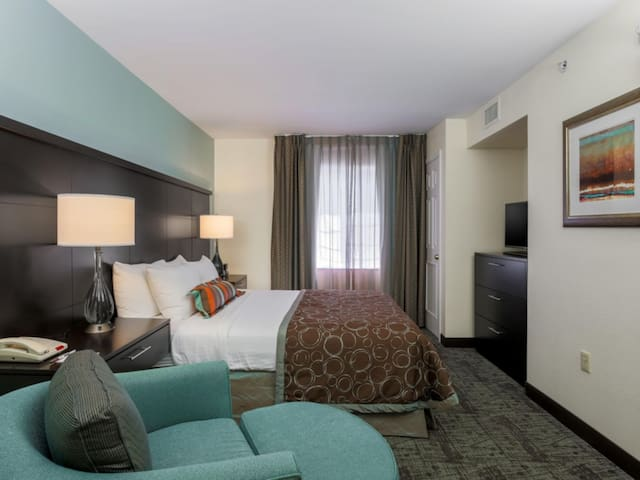 ✨ One Bedroom King Suite