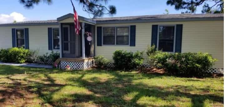 Merritt island room for rent