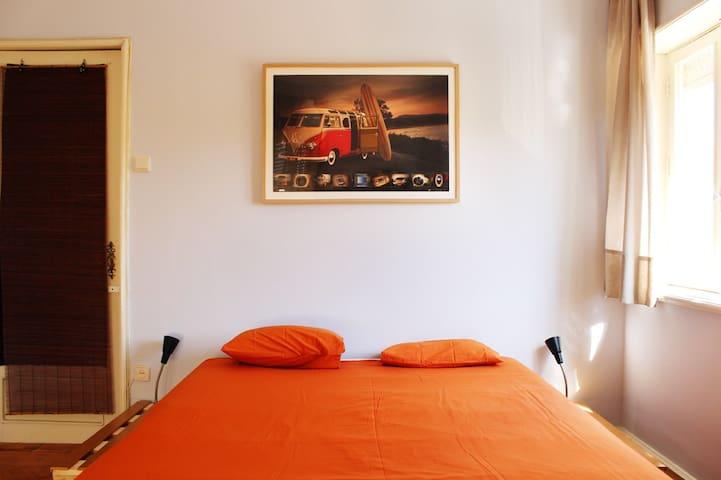 Watermark SH- Espinho private room2 - Espinho - Bed & Breakfast