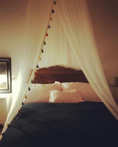 Preciosa habitación doble con baño - Arnois - Hus