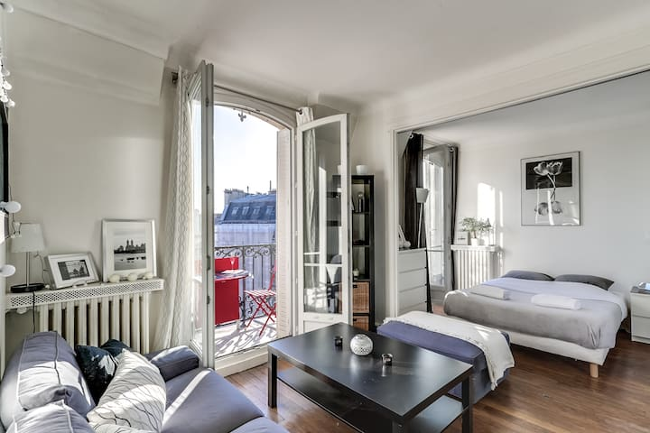 Spacious studio near Bastille - Paris