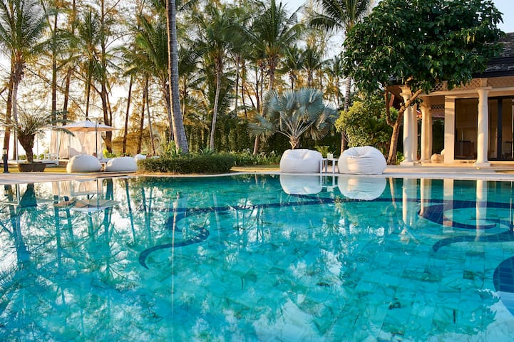 X2 Khao Lak Anda Mani Resort (9 rooms for 20 pax)