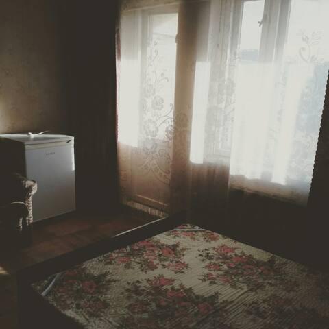 Комната с лоджией