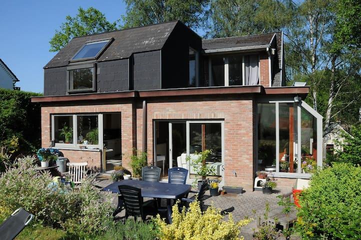 Villa dans quartier résidentiel - Rixensart - Casa