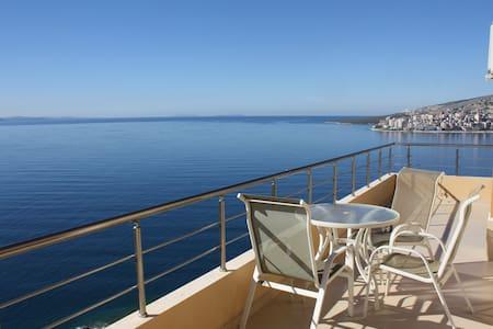 Luxury Penthouse, amazing view -111 - Sarandë