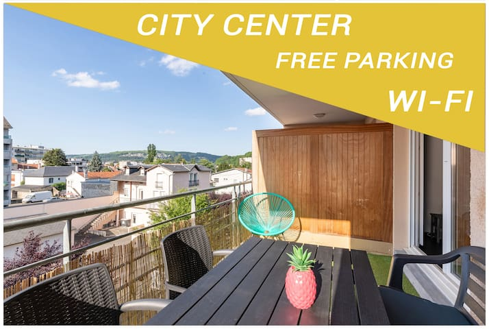 Studio hyper centre terrasse - parking - wi-fi