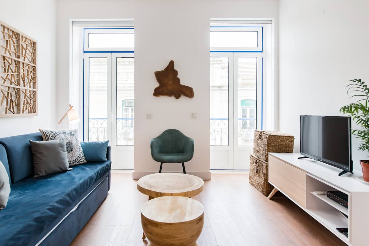 Explore a New Apartment in a Hip Neighborhood