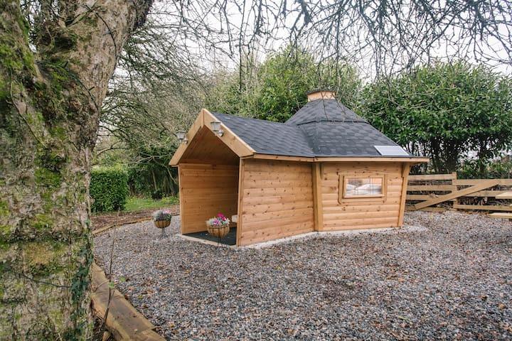 """""""The Sett"""" beautiful cabin nr Eden Project&Heligan"""