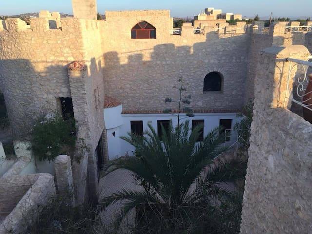 Château d'Orient (à proximité d'Essaouira)