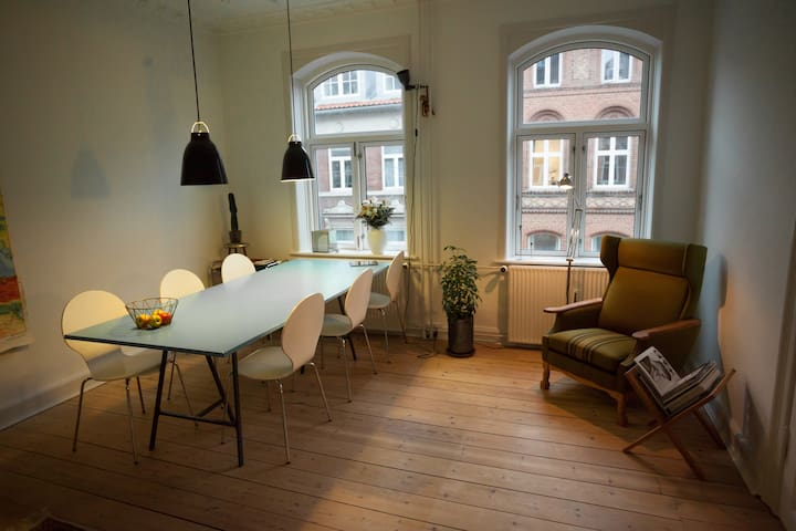 Spacious and charming home in the heart of Aarhus