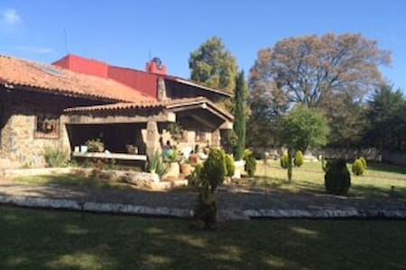 Casa de campo espectacular - Santiago Acuitzilapan - Mökki