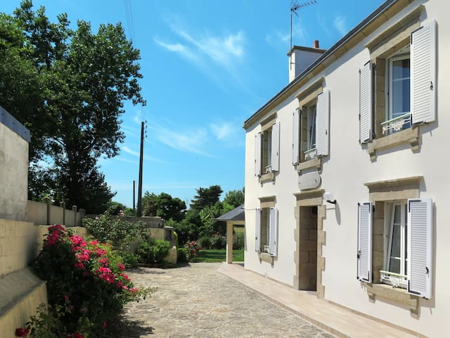 Holiday home in Esquibien for 5 persons