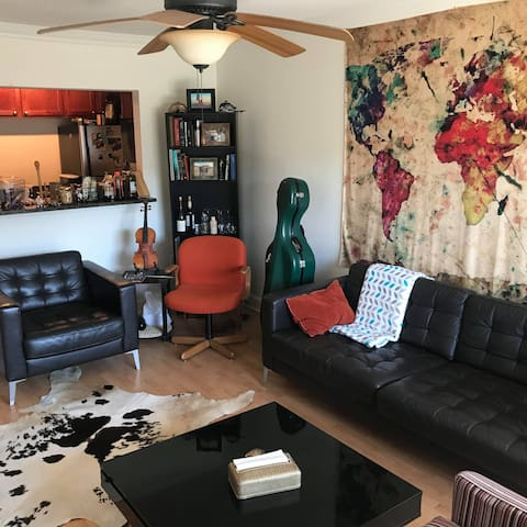 Charming apartment in lively area of Baton Rouge