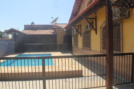 Melhor de Iguaba! casa com piscina e 3 quartos. - Iguaba Grande - Casa