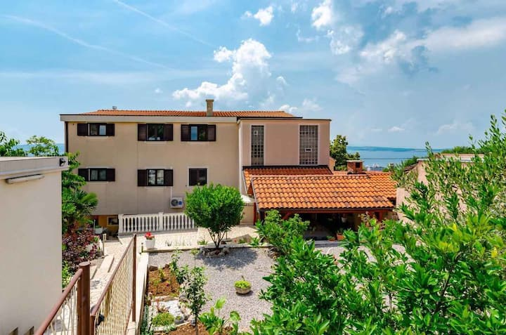 house for 2 persons in Crikvenica R96912